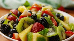 Dibalik Kelezatan Salad Buah, Ternyata Bisa Menggagalkan Diet